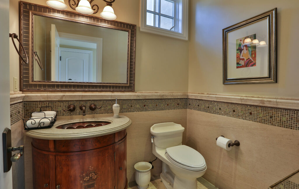 Powder Room - 1/2 Bath
